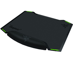 Razer Vespula Dual-Sided Gaming Mouse Mat RZ02-00320100-R3M1